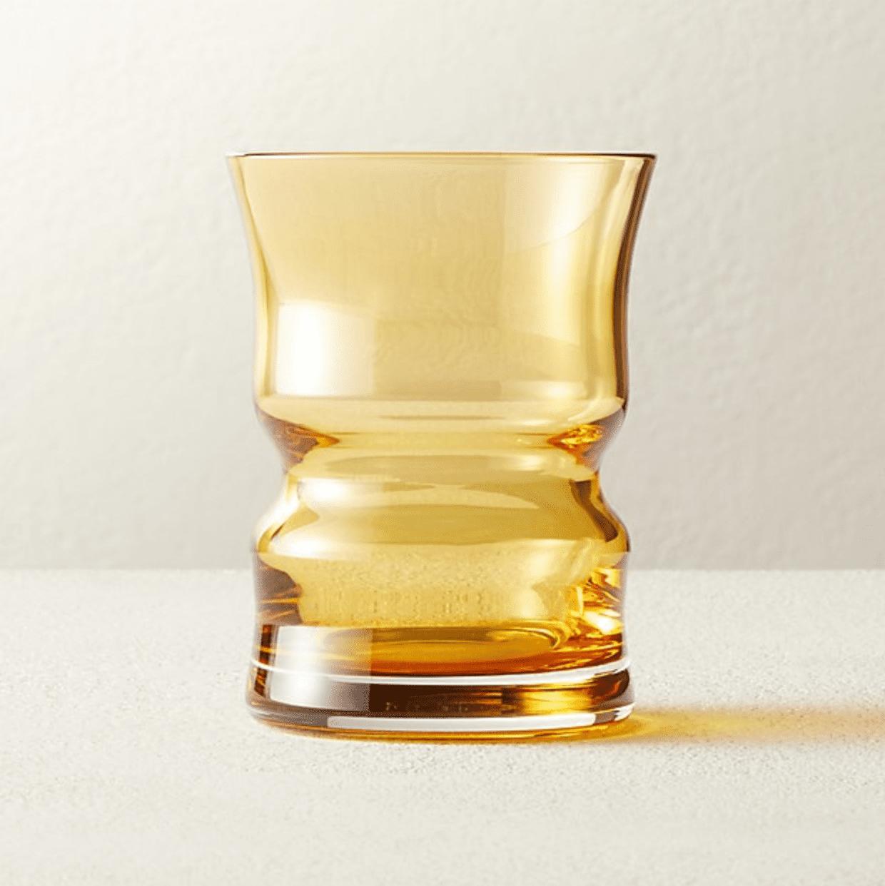 vidrio de color ámbar