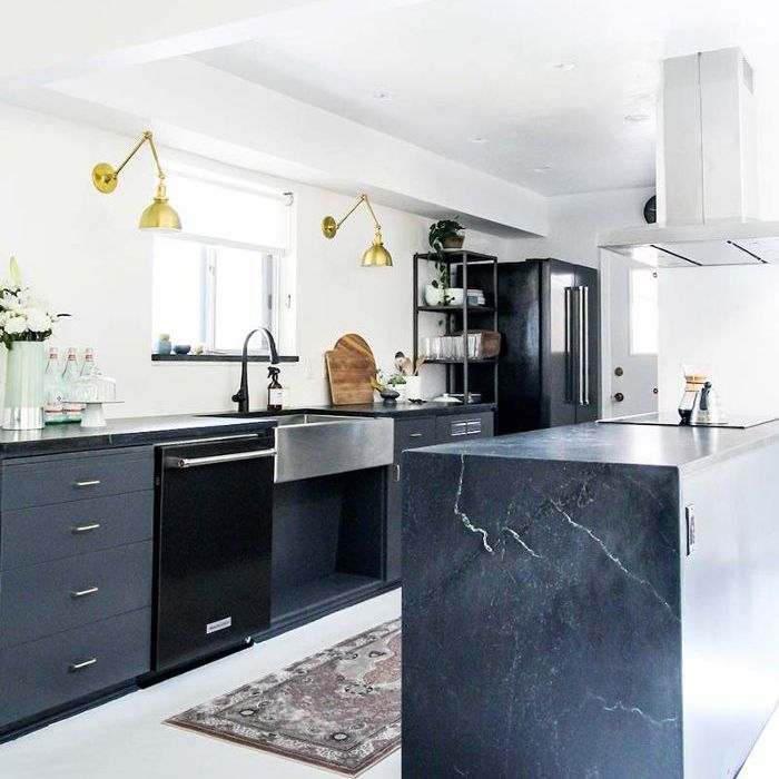 Black Kitchen Cabinets Paint Color: These Are The 8 Best Kitchen Cabinet Paint Colors