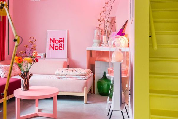 colors that go well with pink