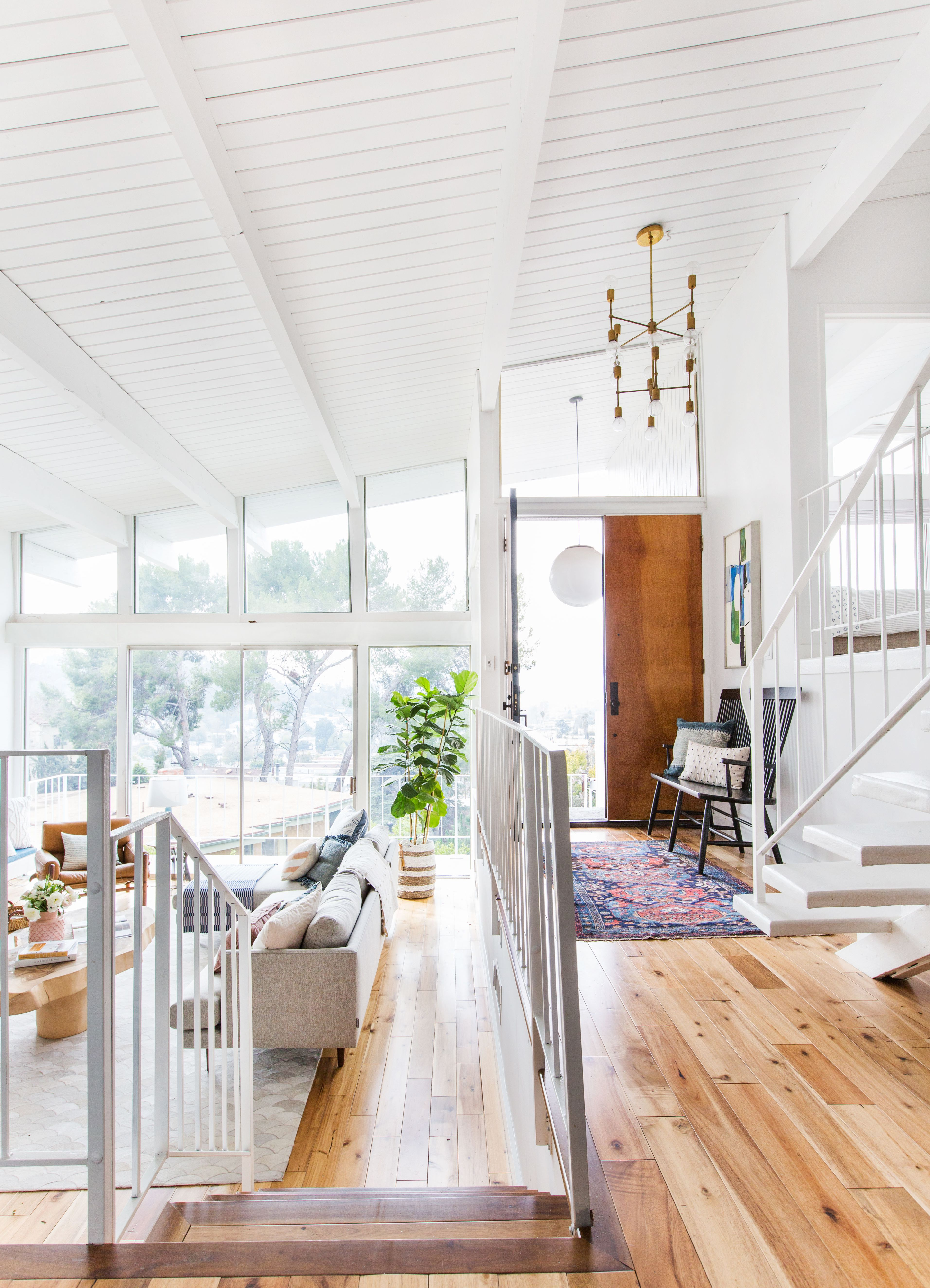 Small entryway design mistakes