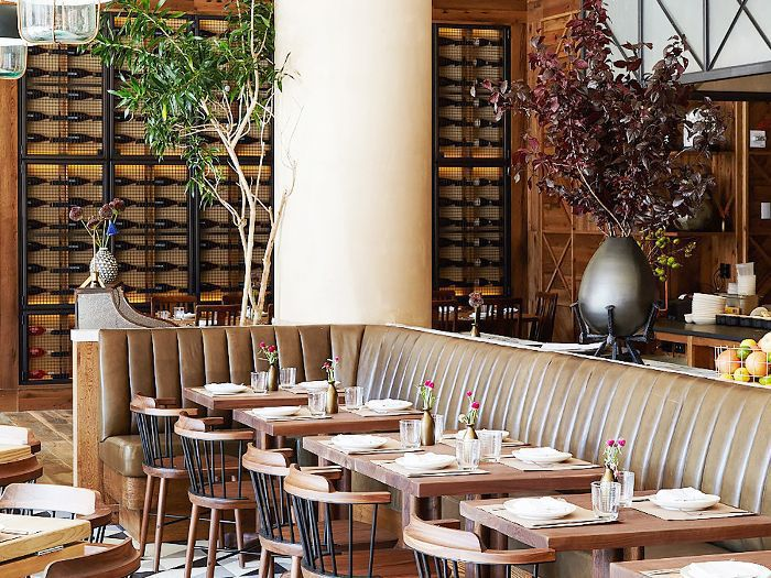 14 Restaurant Dining Room Decor Tips To Steal