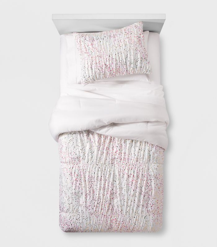 Pillowfort Iridescent Comforter Set