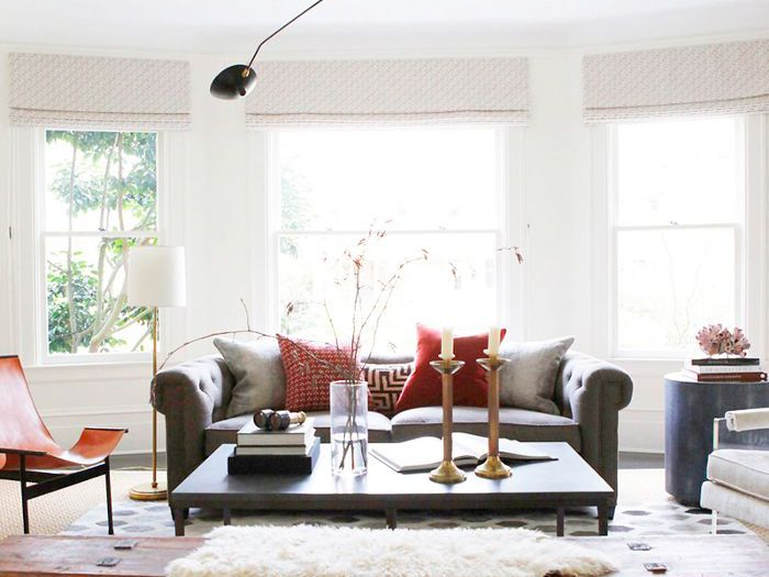 15 Rounded Sofas That Embrace The Retro Decor Trend
