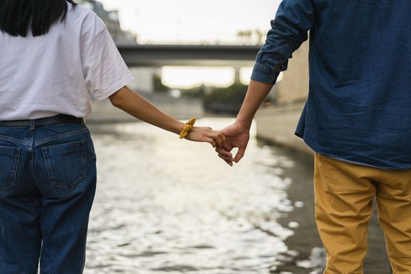 When to Move From Casual Dating to a Relationship