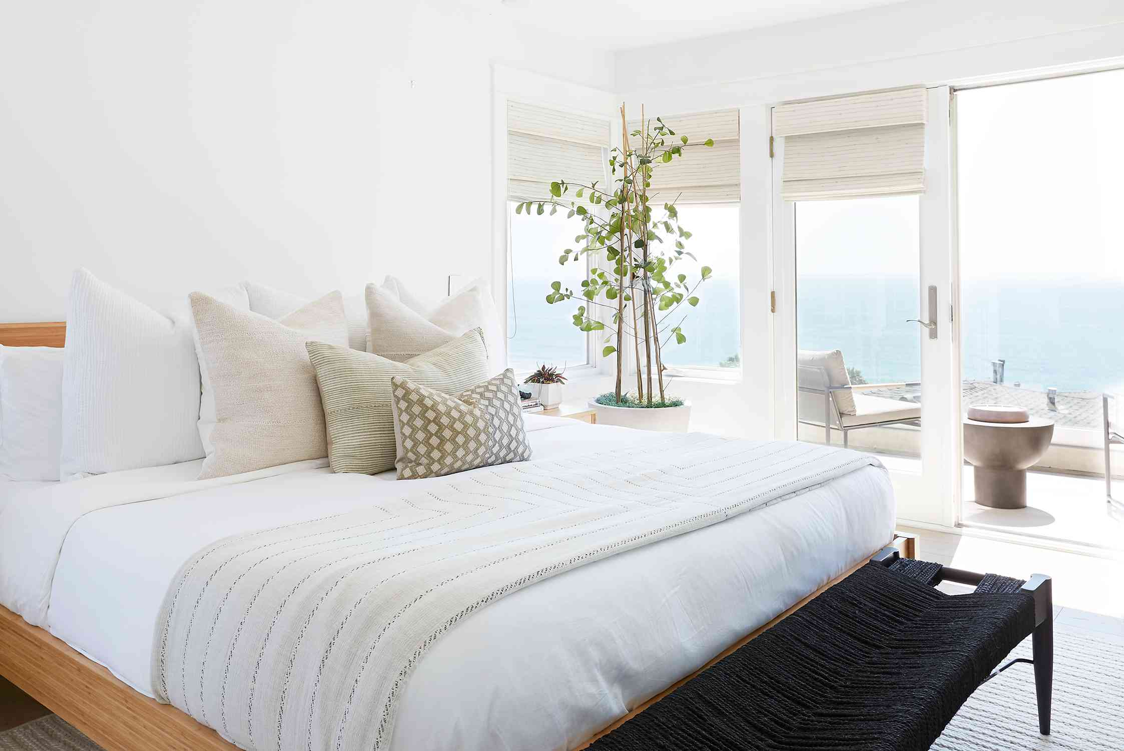 8 Designer Approved Bedroom Layouts That Never Fail