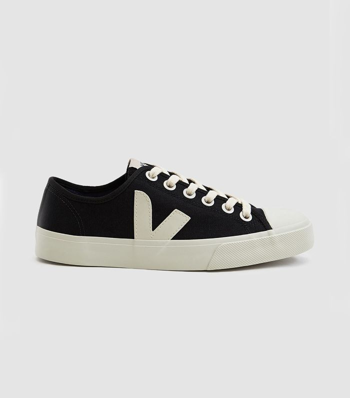 Wata Canvas Sneakers in Black Pierre