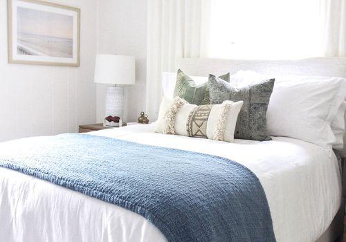 dormitorio de inspiración costera