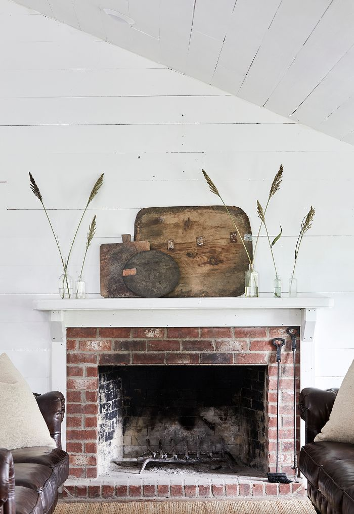 modern farmhouse mantel