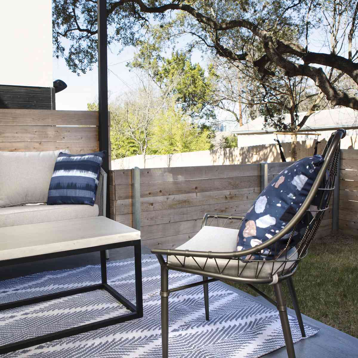 Outdoor chairs and coffee table