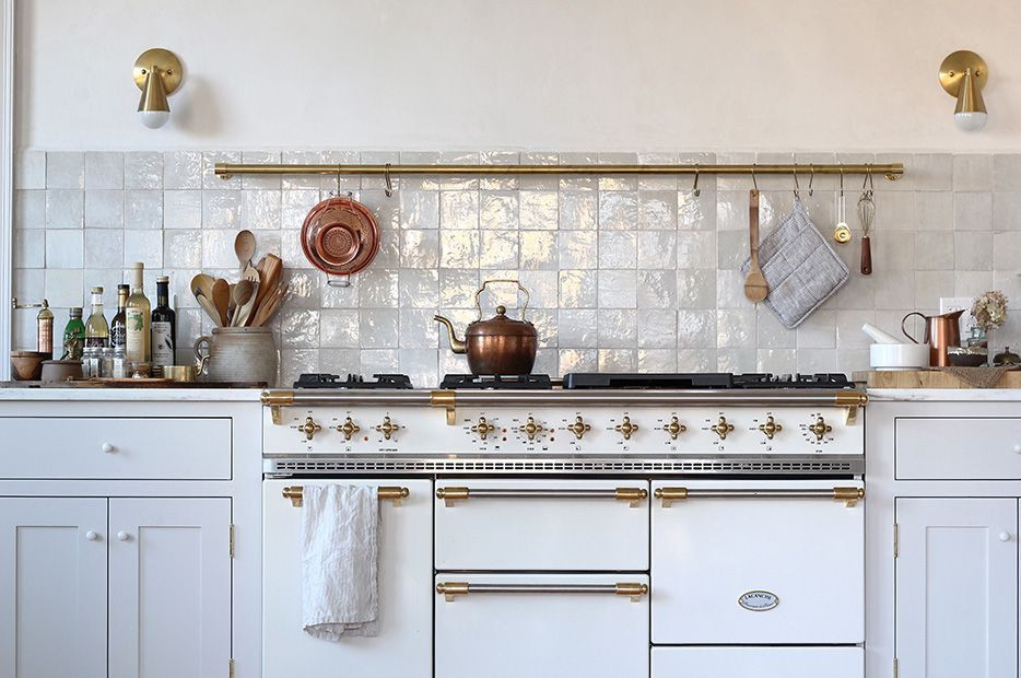 Kitchen with marble tile