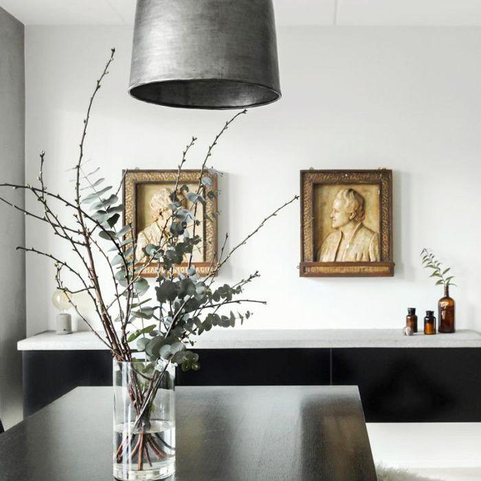 İskandinav tasarımlı bir yemek odası