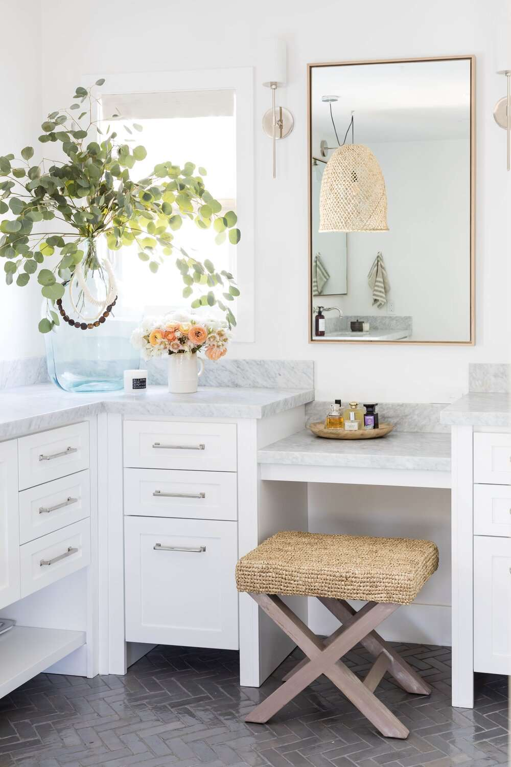 bathroom with vanity and large plant