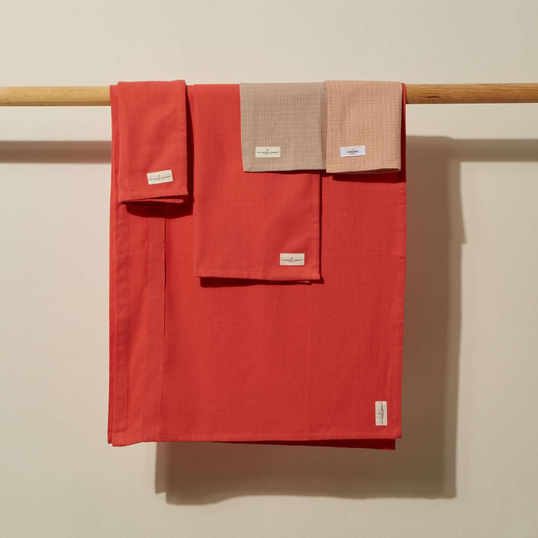 Coral Kitchen Towel Set