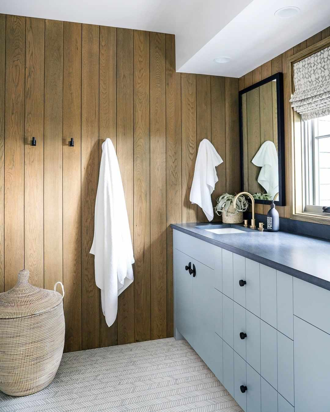 Rustic bathroom with mid century details