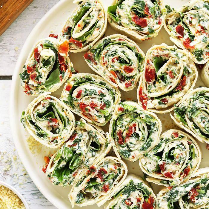 Aperitivos para el Día de Acción de Gracias - sandwiches de molinete