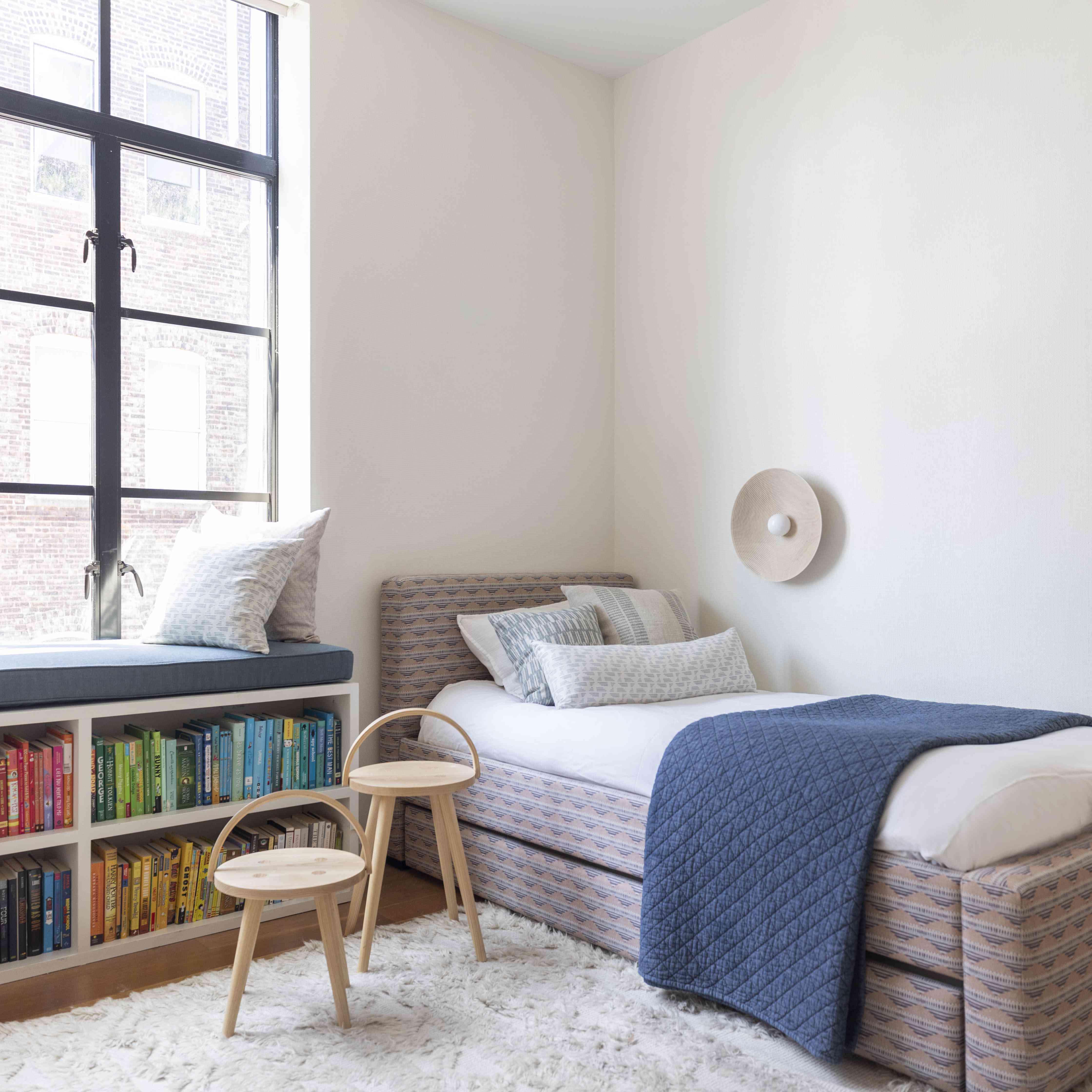 yael weiss nyc apartment tour - children's bedroom