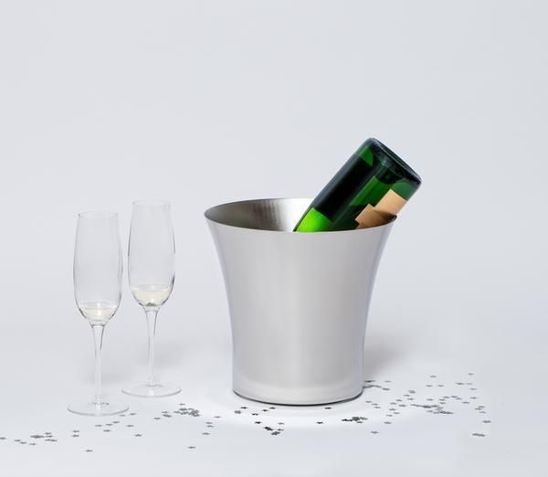 Snowe Champagne Set