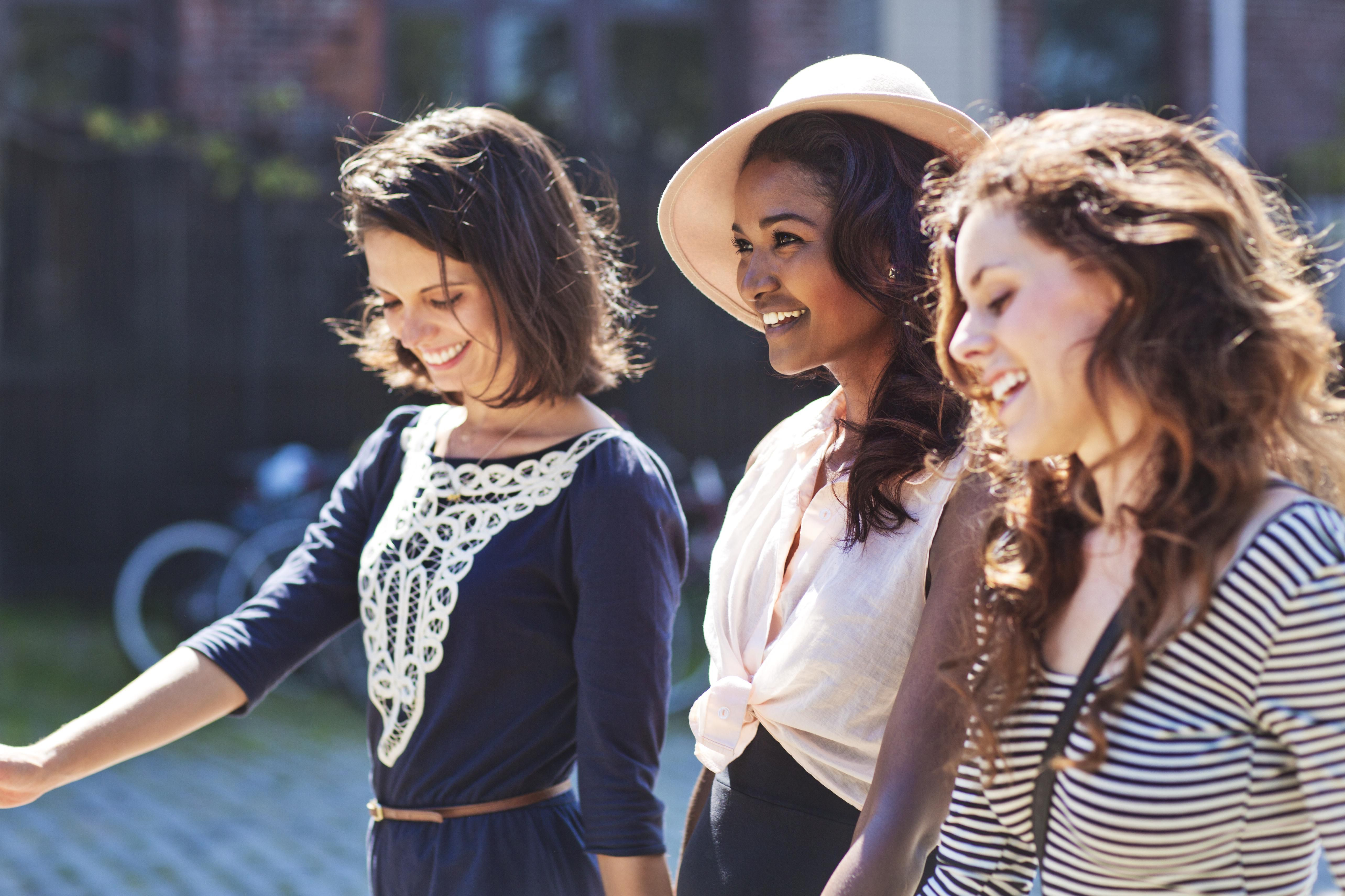 Healthy Boundaries for Every Type of Friendship