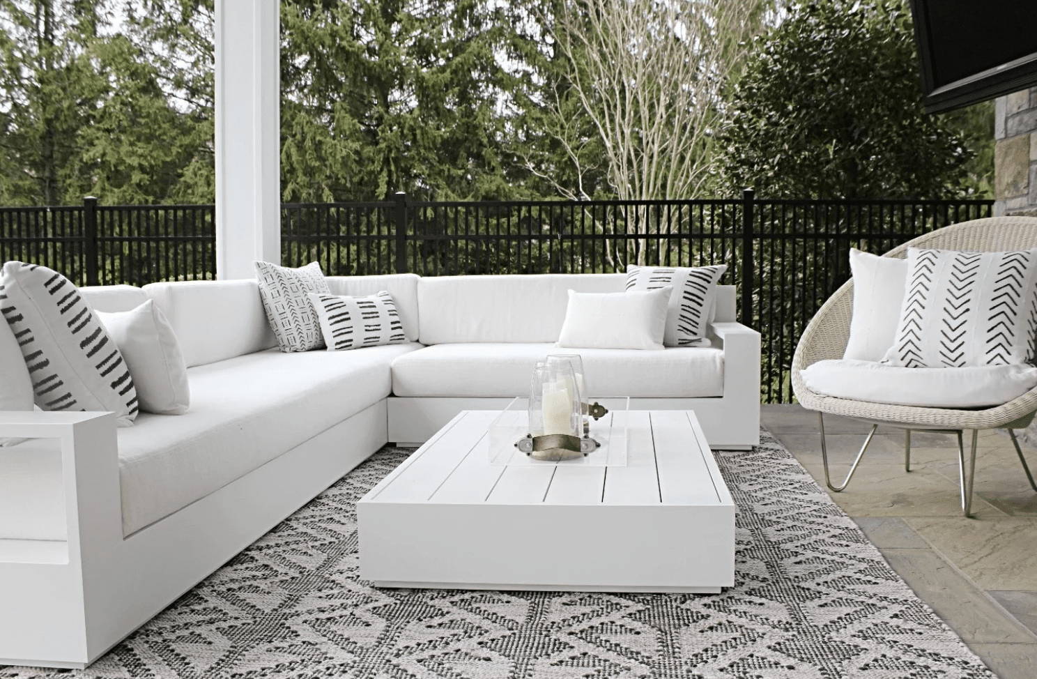 outdoor patio in all white
