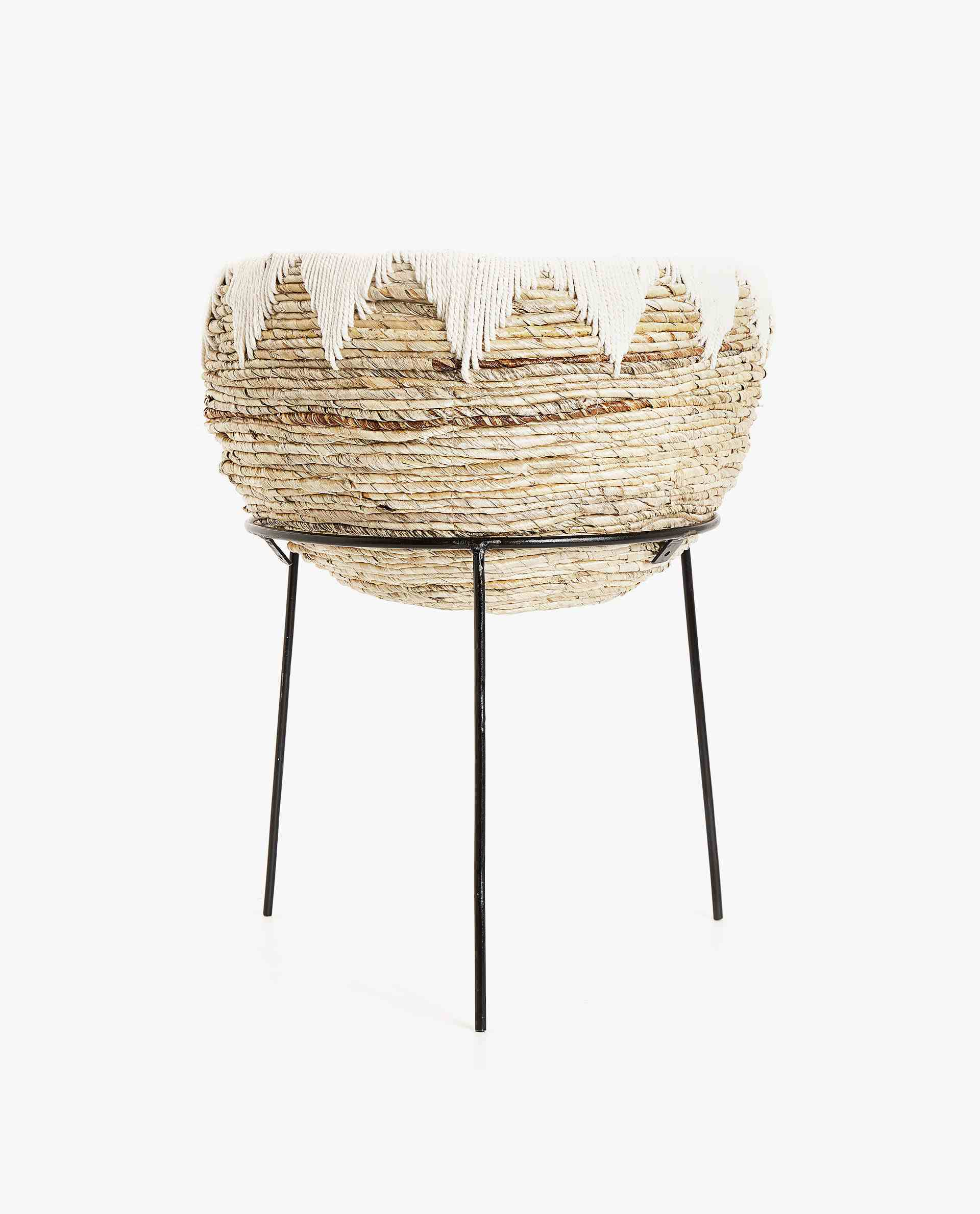 Woven Flowerpot with Stand