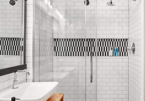 16 Subway Tile Bathroom Ideas To