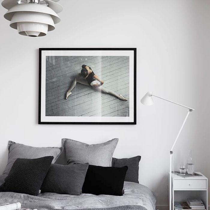 İskandinav tasarımlı bir yatak odası