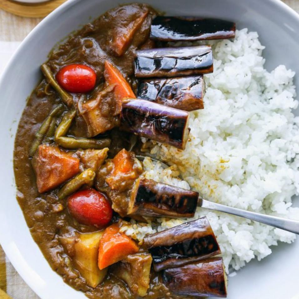 Curry de verduras japonés