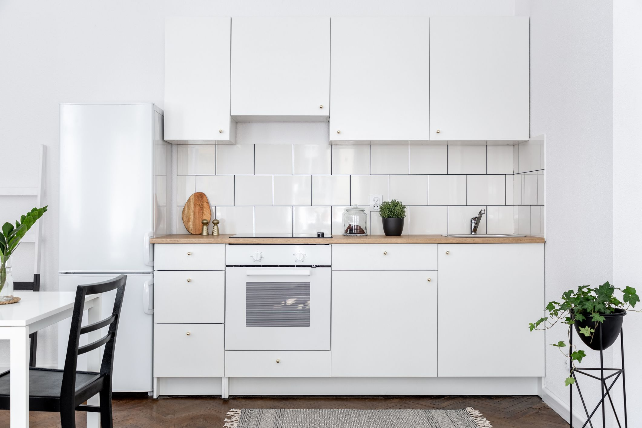 Stylish White Kitchen Appliances