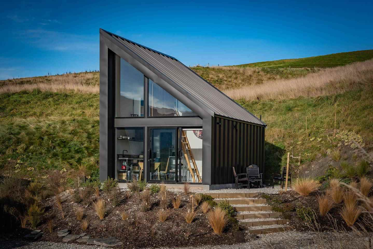 Pleasant 13 Tiny Houses For Rent On Airbnb That Make It Easy To See Best Image Libraries Weasiibadanjobscom