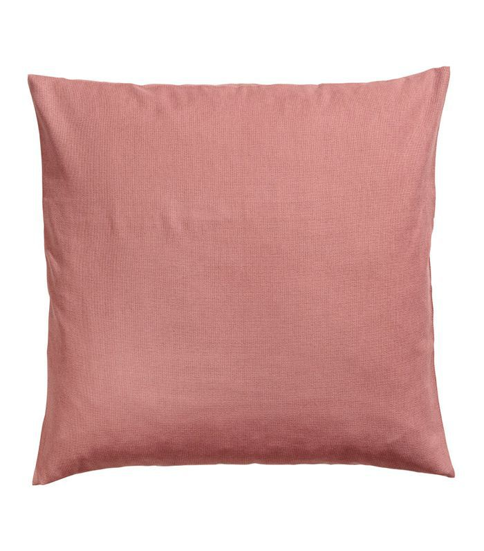 350757ff2420 These H&M Throw Pillows Will Transform Any Room