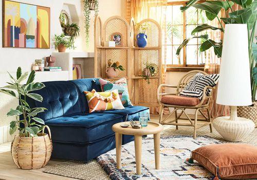 Boho fun living room with rattan furniture