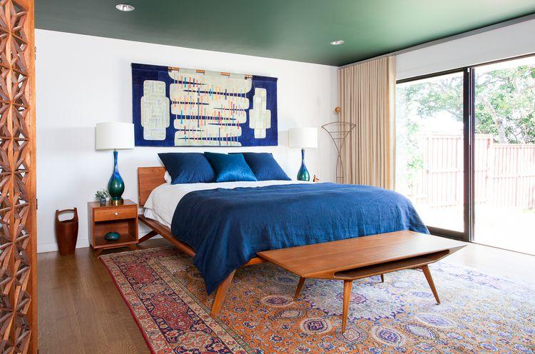 green bedroom ceiling