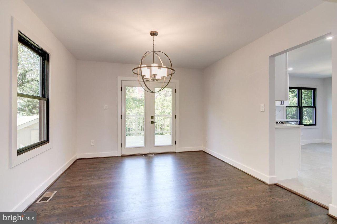 Empty dining room.