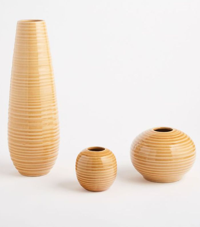 Ceramic Ribbed Vase