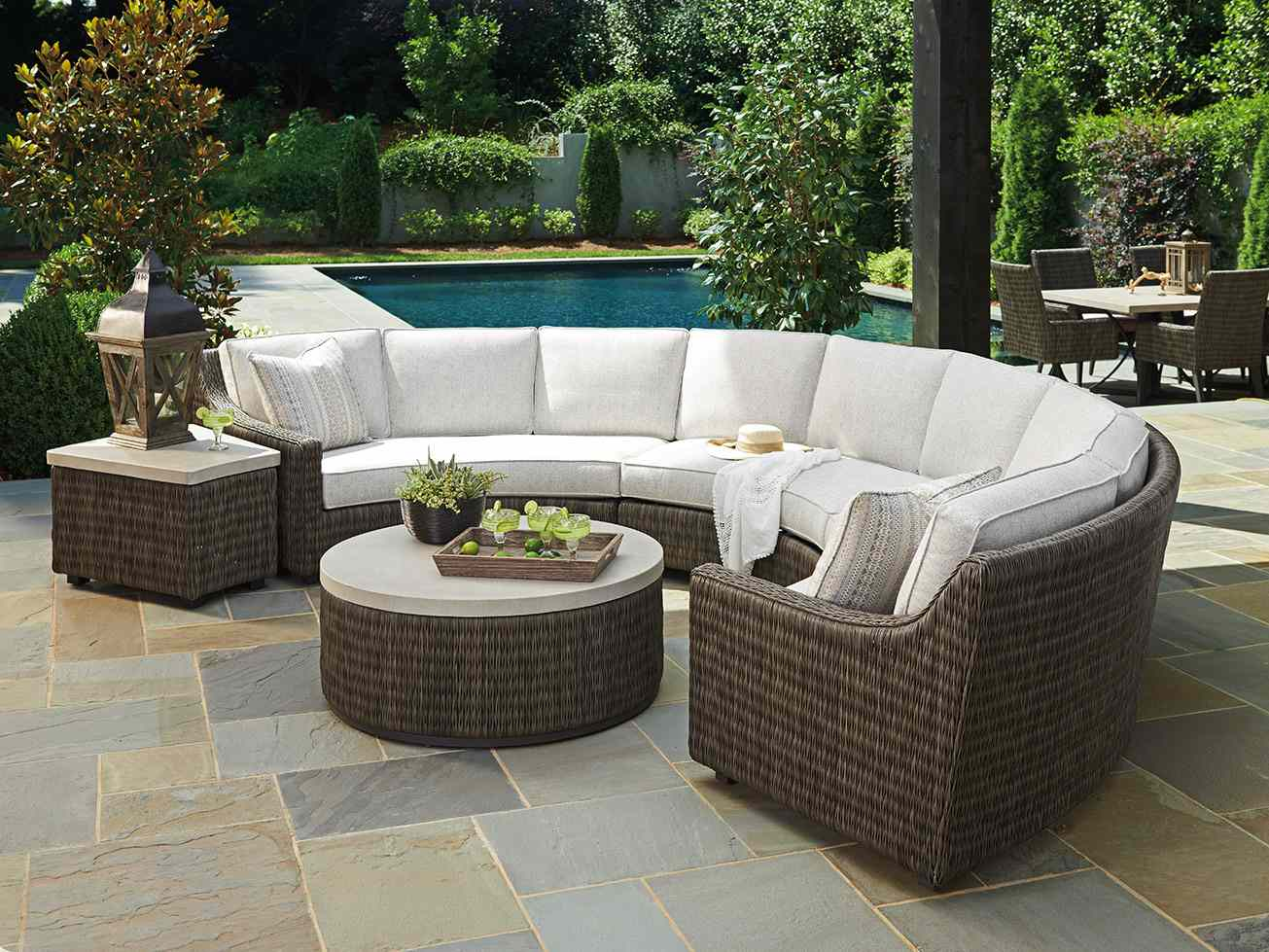 outdoor curved sectional