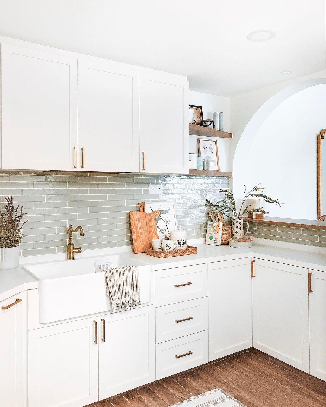 16 Backsplash Ideas Perfect For White Kitchens