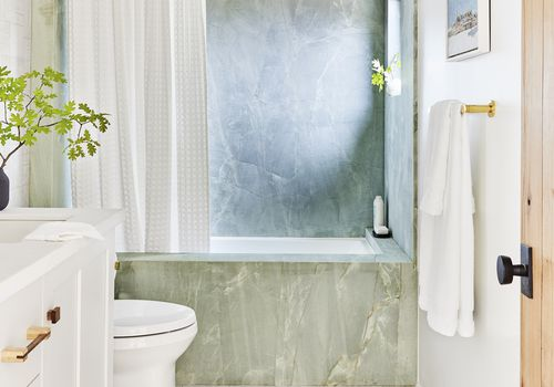 green marble bathroom