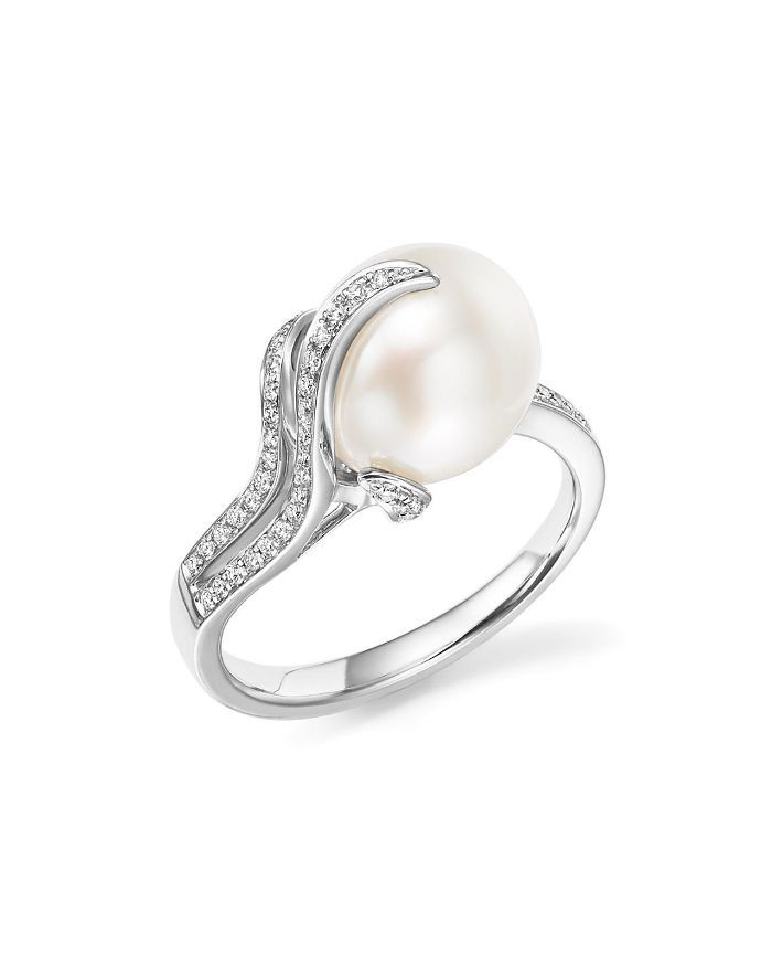 14K White Gold South Sea Cultured Pearl and Diamond Ring