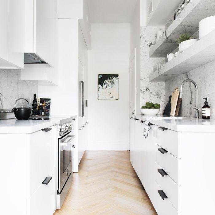 pequeña cocina — The Everygirl Home Tour