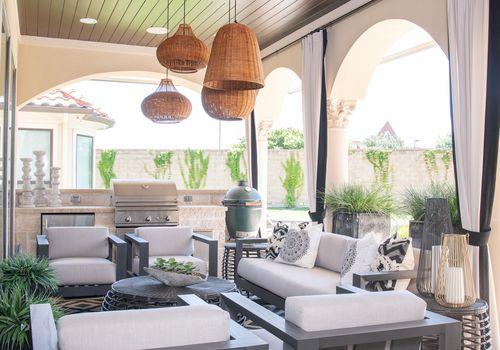 lighting outdoor living room