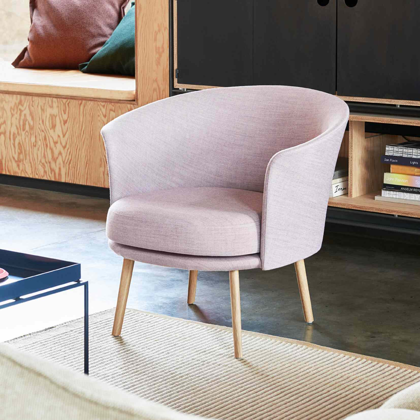Dorso Swivel Chair