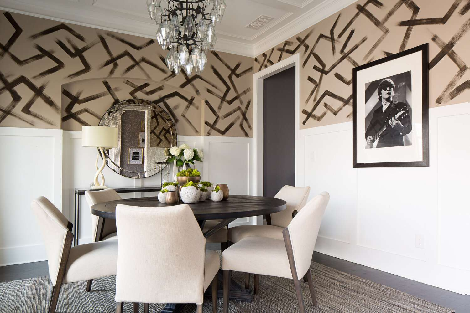 Abstract painted walls in dining room
