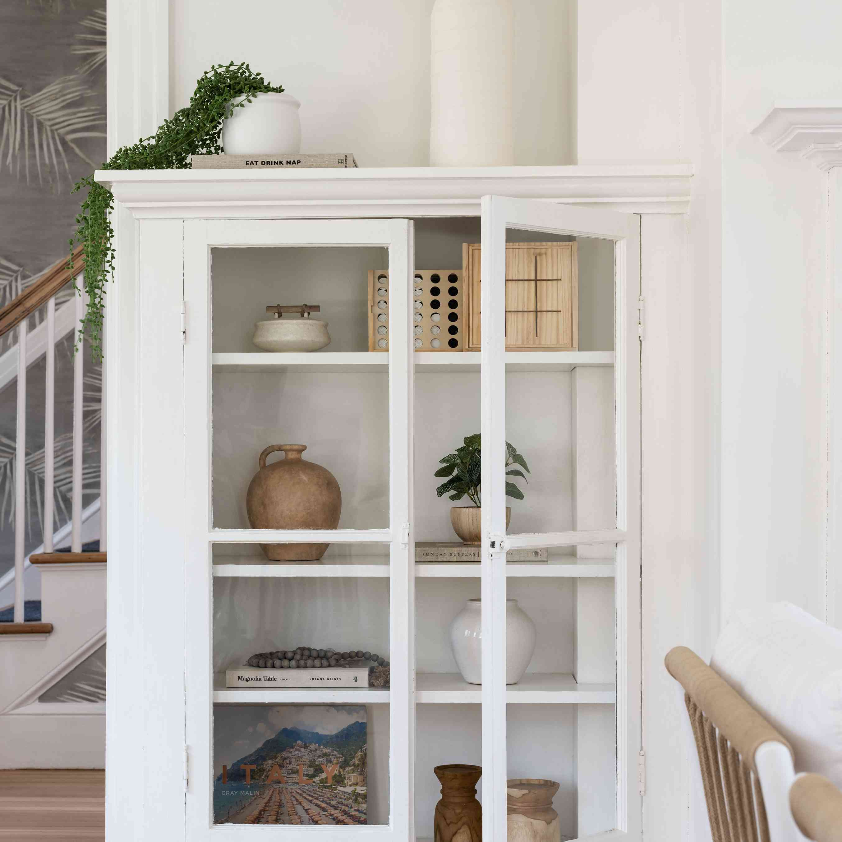 30 Clever Living Room Storage Ideas, Living Room Cabinet Ideas