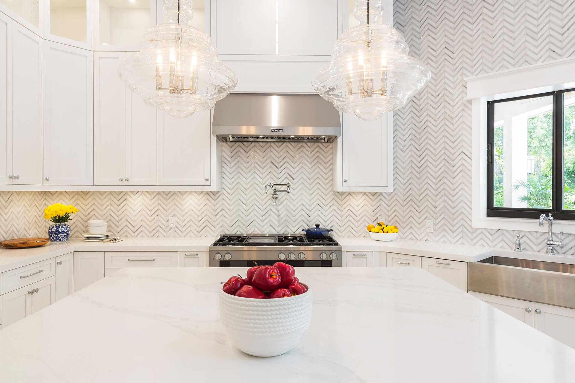 9 Backsplash Ideas Perfect For White Kitchens