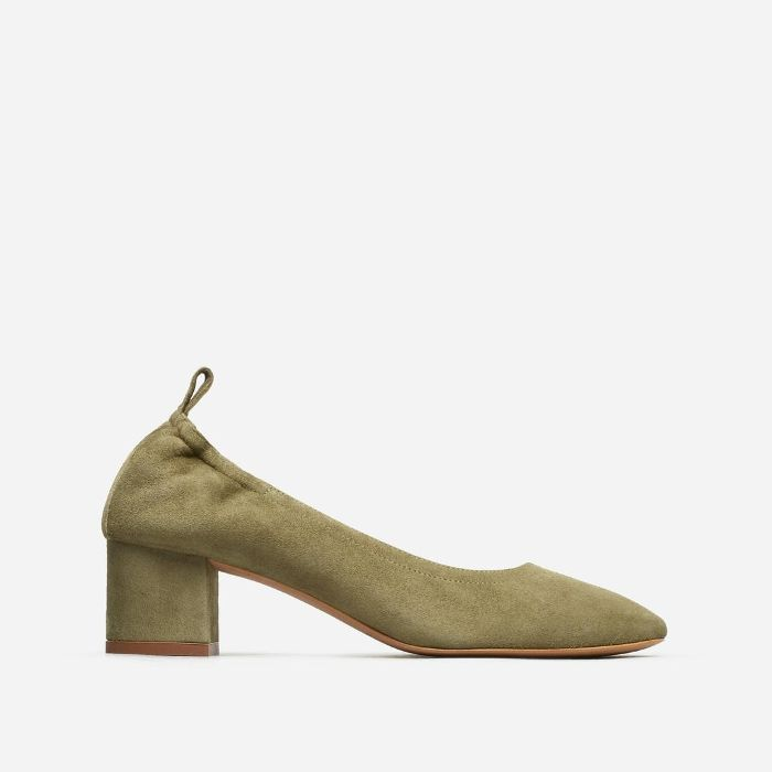 Women's Pump Heel by Everlane in Olive Suede, Size 11
