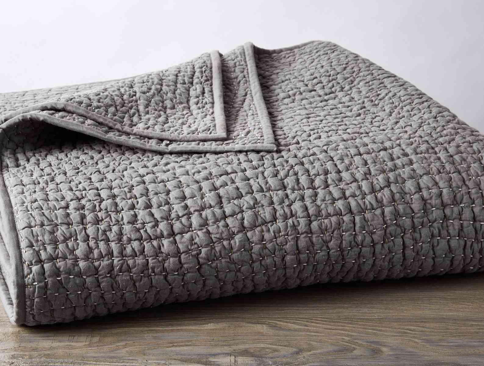 Coyuchi Pebbled Quilt