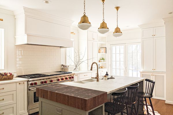 Bright and sunny kitchen.