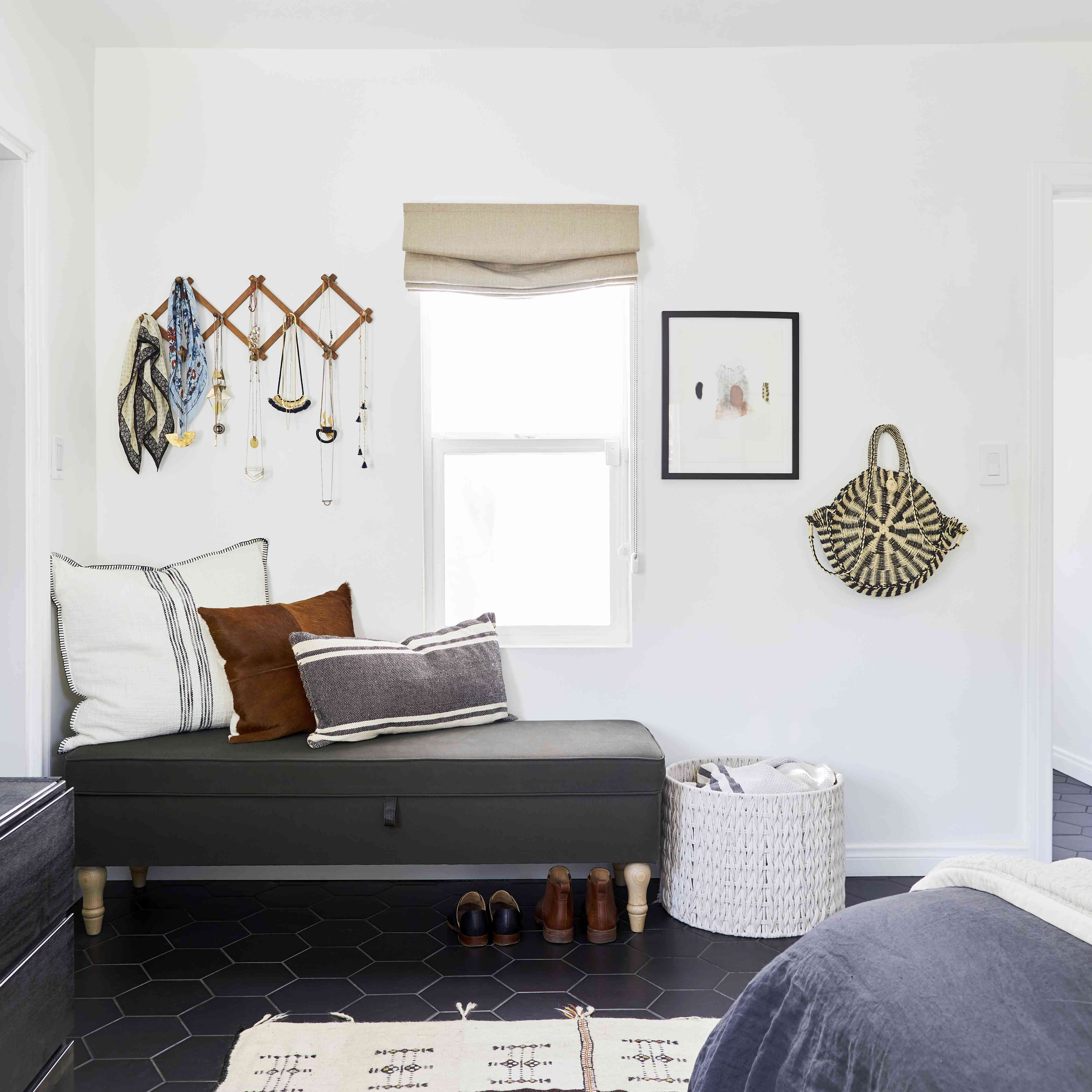 black bedroom floor ideas