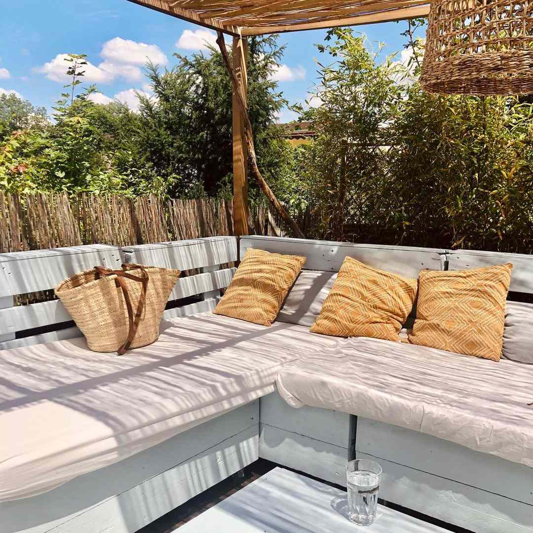 pallets outdoor living room