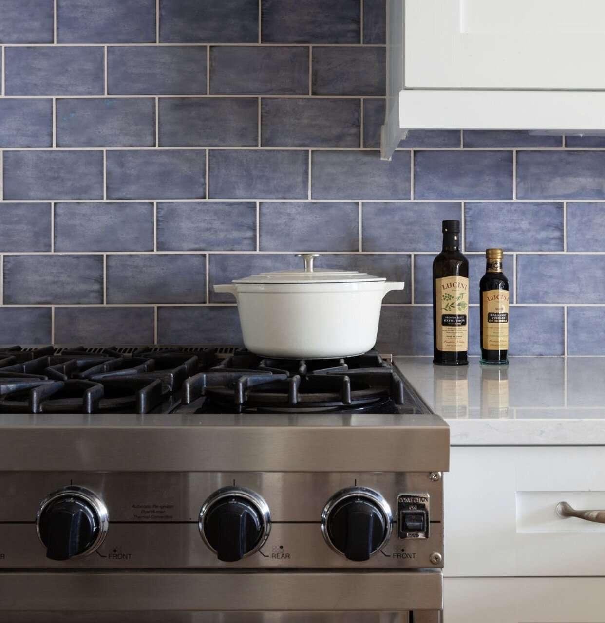 best kitchen ideas - blue subway tiles
